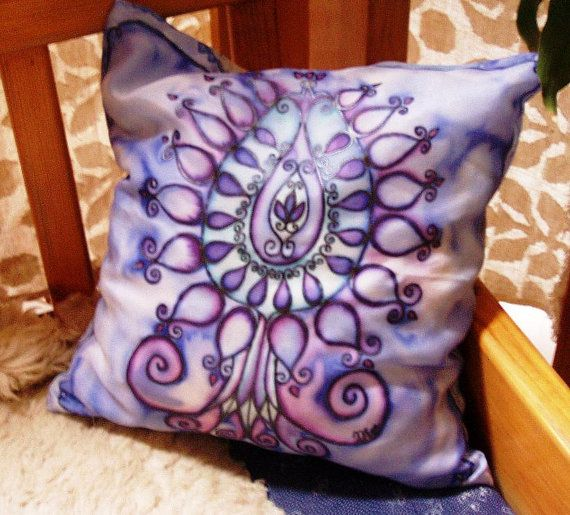 Hand painted silk art pillowcase Tree of Life in blue por HEraMade
