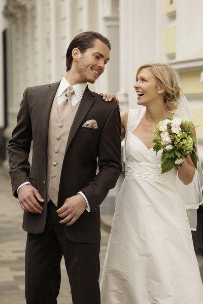 Hochzeitsanzug Braun | Hochzeitlove.de
