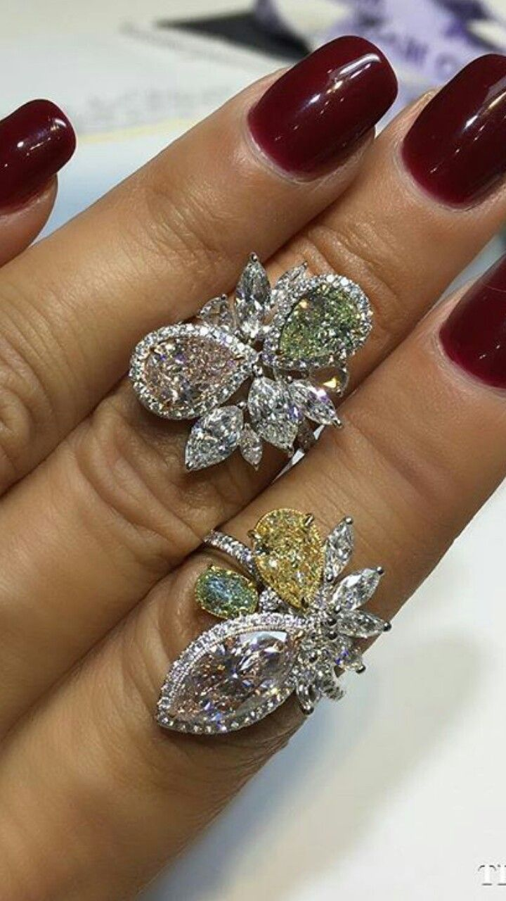 White gold diamond ring piaget luxury jewellery g34ut300 - High Colored Diamonds Cocktail Rings Diamond Rings Emeralds Jewerly Sparkle Glitter Gems