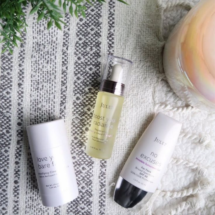 2017 is the year to Cleanse, Nourish, and Protect your skin. Preen.Me VIP Taylor does it the right way with her gifted JULEP #BravePretty K-Beauty skincare. This trio is only available until January 30th at Ulta. Leave your skin smoother, brighter, and softer with these skincare essentials here.