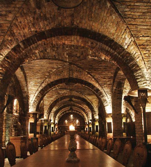 Szekszard wine cellar--Google Image Result for http://szekszardiborvidek.eu/pannonborregio/UserFiles/Image/szekszardi_borvidek/boraszbeszelgetesek/fritz-01.jpg