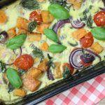 Frittata met zoete aardappel, tomaat en basilicum | eethetbeter.nl