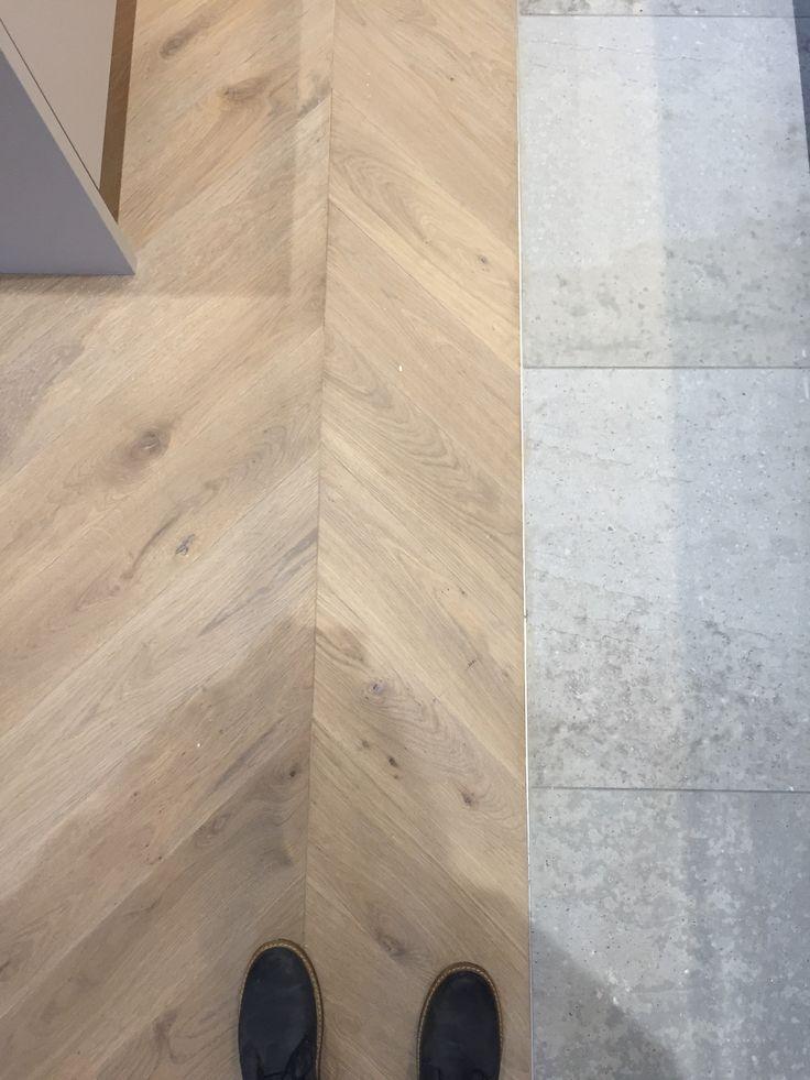 SILVER GREY. Engineered wood chevron parquet flooring