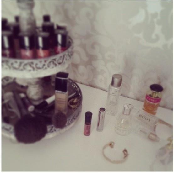 Aufbewahrung für Nagellack und Make-up