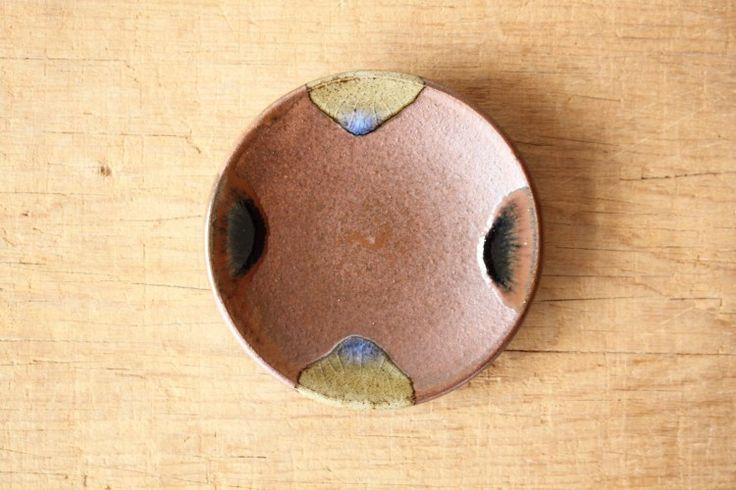 日々の暮らし : 出西窯 : 赤土四方流平皿 3.5寸