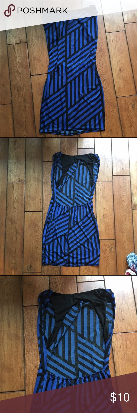 Small blue bodycon dress Missing tag Dresses Mini