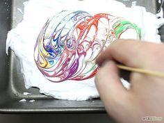 Aprende a hacer un efecto marmoleado en papel con espuma de afeitar vía es.wikihow.com