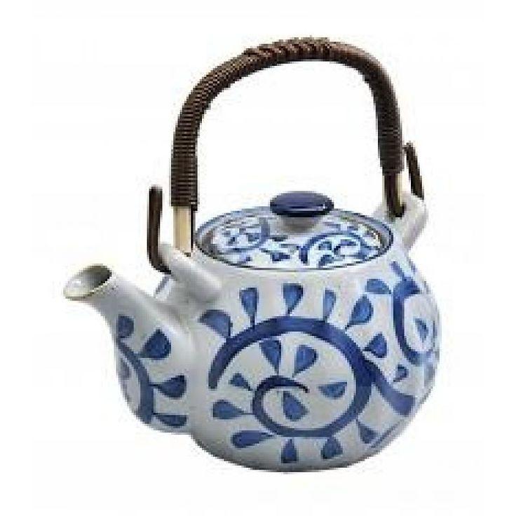 Japanse theepot met blauw ontwerp
