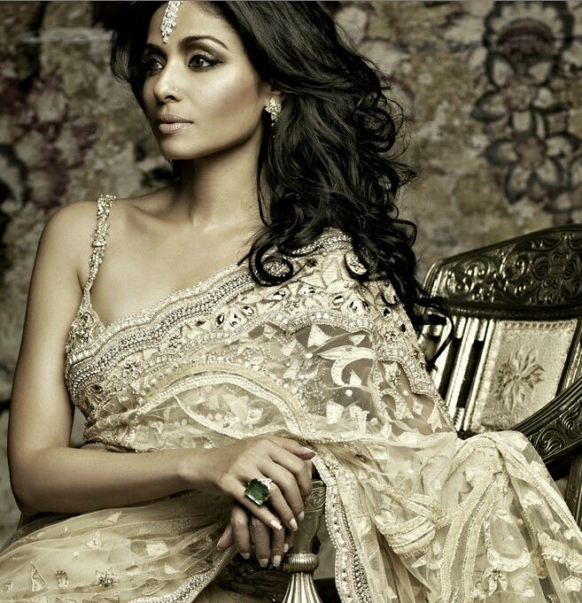 Tarun Tahiliani Bridal Saree