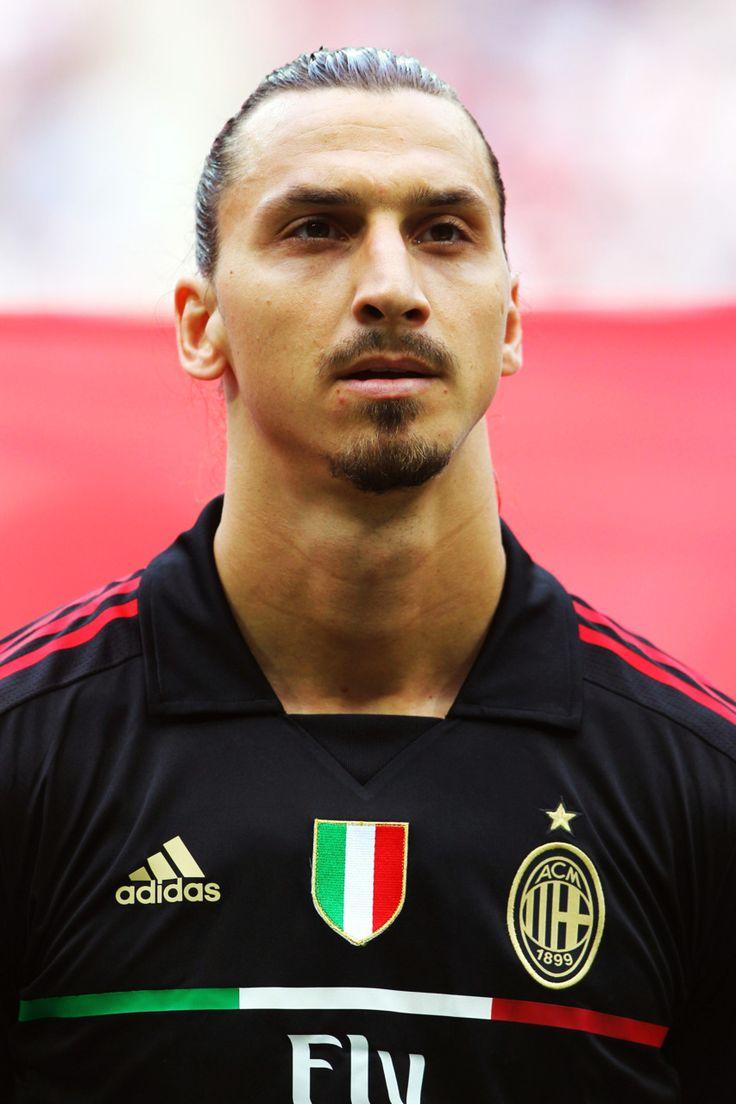 Zlatan IBRAHIMOVIĆ; 1999–2001Malmö SWE, 2001–2004Ajax HOL, 2004–2006JuventusITA, 2006–2009 Inter ITA, 2009–2011Barcelona SPA, 2010–2011loan MILAN, 2011–2012MILAN, 2012–Paris Saint-Germain FRA