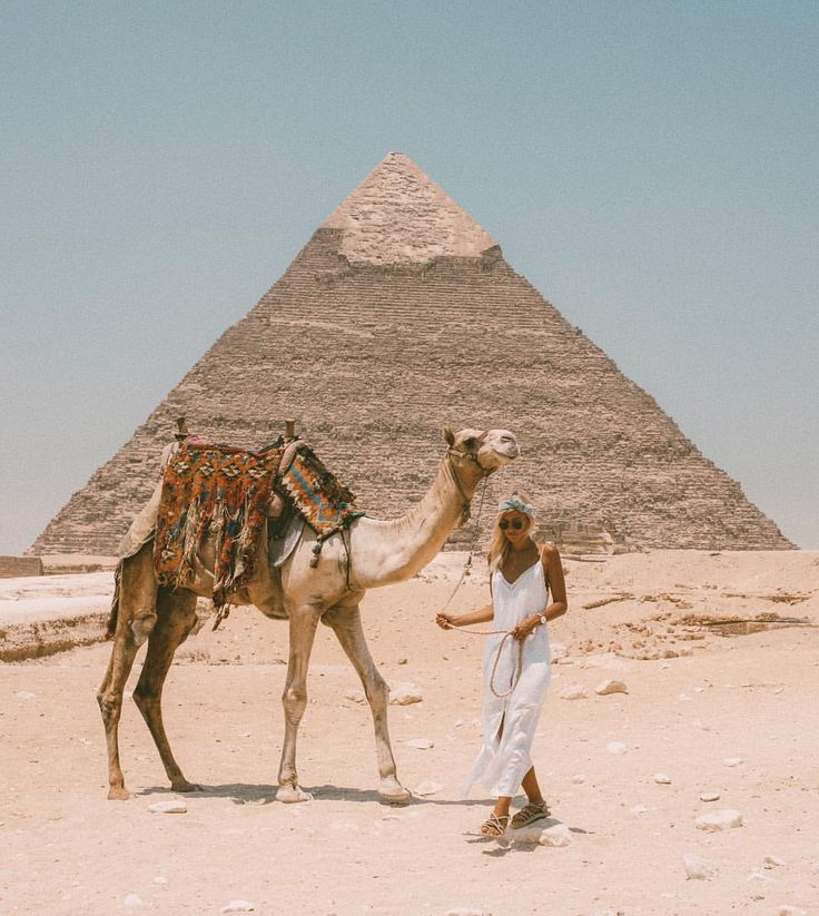 """86k Likes, 573 Comments - LAUREN BULLEN (@gypsea_lust) on Instagram: """"Made a friend at the Pyramids """""""