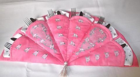 Vintage Rose Trellis Cutlery Holder