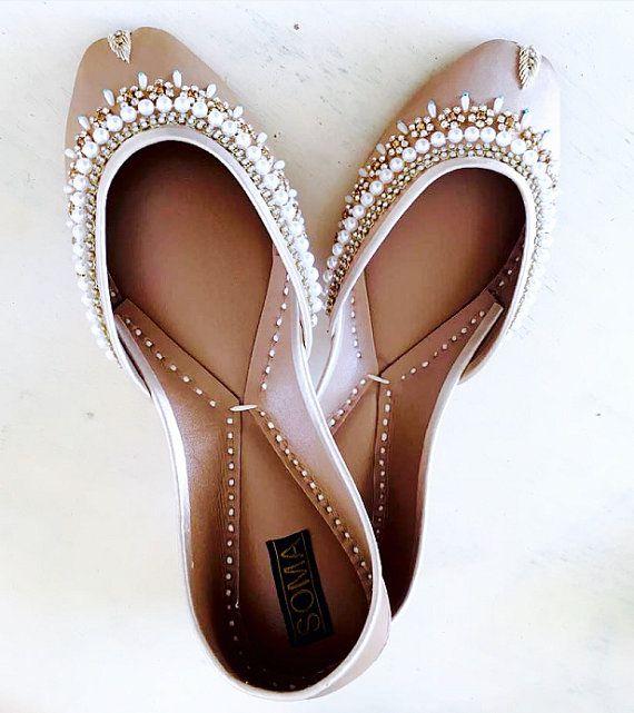 Bridesmaids gift, Beach Wedding, Beaded Flats, Khussa Shoes, Wedding Flats, Custom shoes, Leather flats, Bride Shoes, Wedding Shoes