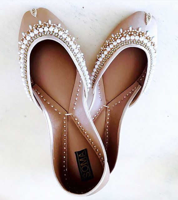 Bridesmaids gift, Beach Wedding, Beaded Flats, Khussa Shoes, Wedding Flats, Custom shoes, Leather flats, Bride Shoes, Wedding Shoes