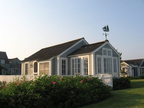 I want a cape cod beach house just like this maisons for Cape cod beach house plans