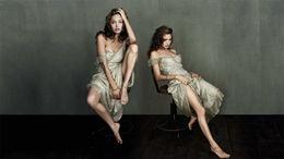 Angelina Jolie Very Hot Wallpapers