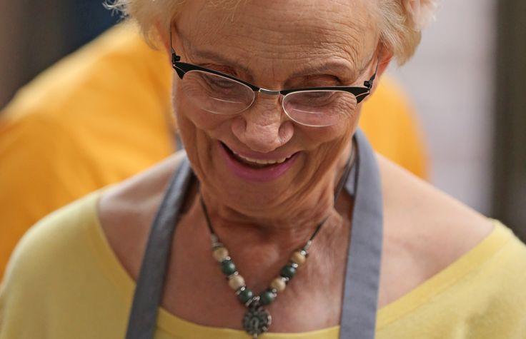 Kry die Koekedoor-beoordelaar tannie Elizabeth se heerlike kaasbotterbroodjie-resep hier.