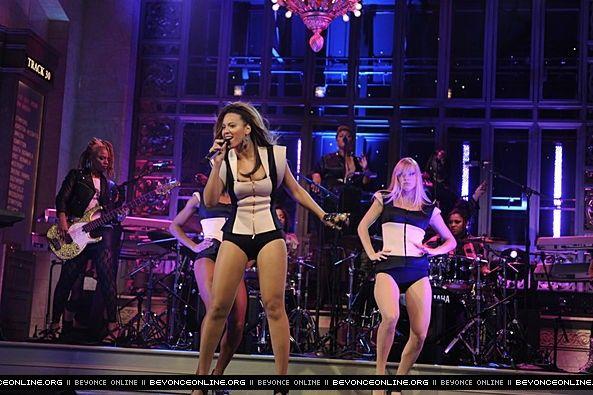 Saturday Night Live - Beyoncé Online Photo Gallery