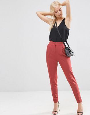 Pantalones con cintura alta y detalle de vuelta de ASOS Tailored