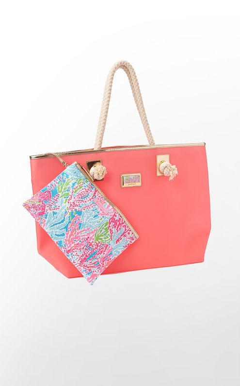 Loving the Shoreline Tote from Lilly Pulitzer! Perfect for the beach