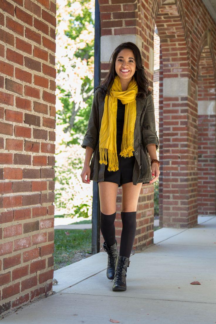 yellow scarf, knee high socks, army jacket, petite, latina blogger, mexican blogger