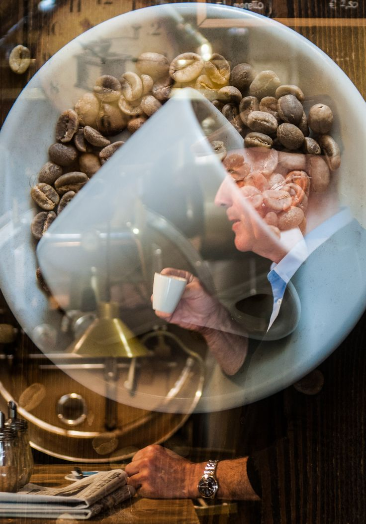 Venice and coffee, a tradition since 1615 #italy #coffee #food ph @SimonPadovani (multiple exposure)