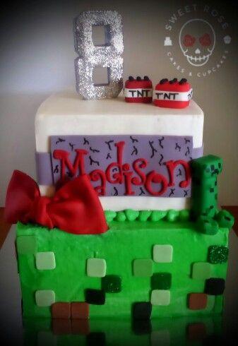 Girly minecraft cake                                                                                                                                                                                 More