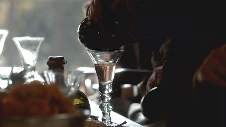 Wine glasses used at Castle Leoch