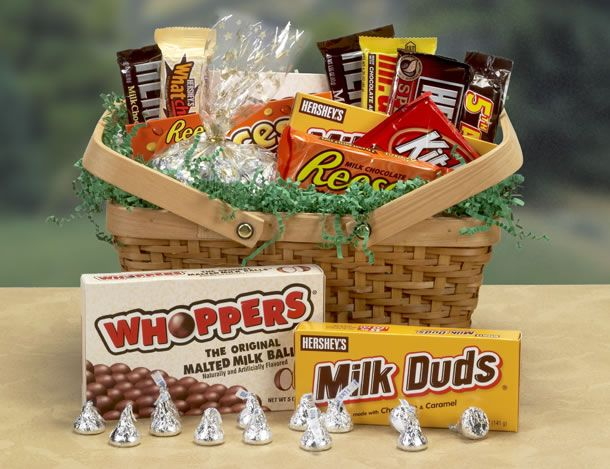 27 best GIFT BASKETS images on Pinterest | Candy gift baskets ...