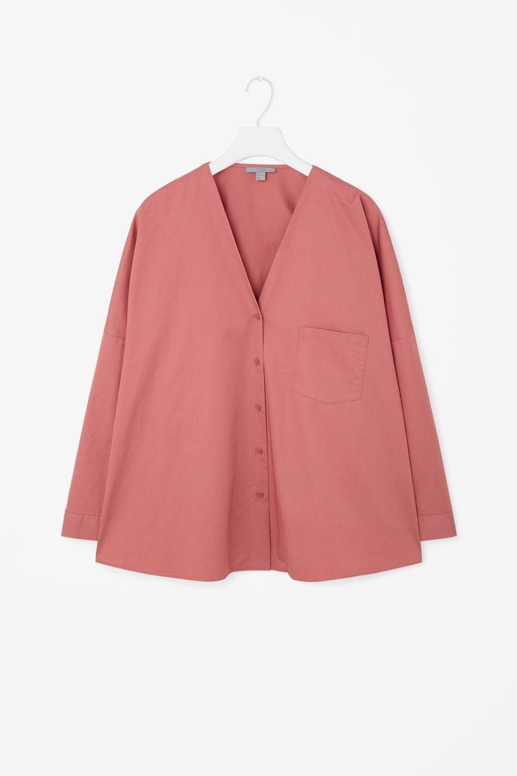 COS | Oversized v-neck shirt
