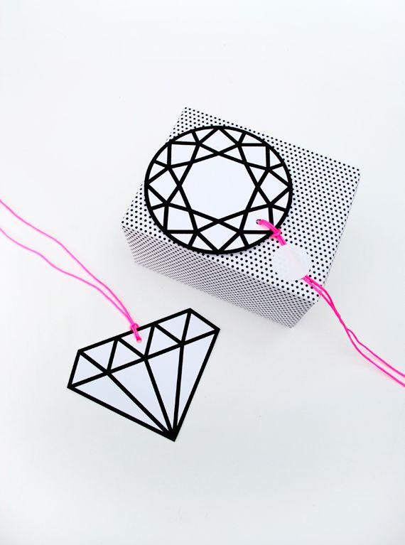 halftone wrap // graphic gems