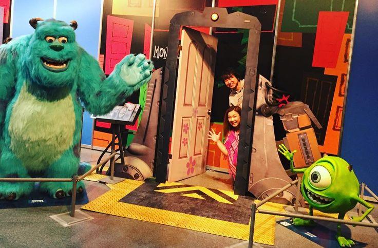 Disney x Pixar のexhibitionに行って来ました 当日券を買うのに30分入場は恐怖の120分待ち Monsters Incのコーナーで更に60分 忍耐力UPしたと思う二日酔いの中お付き合いthank you . #onairpersonality #partymc #hulagirl #selfdiscoveryjourney #sapporo #hokkaido #hawaii #aloha #ハワイ #アロハ #札幌 #北海道 #ラジオdj #司会者 #マッサージセラピスト #鍼灸師 #通訳 #ライター#フラガール #ロコガール #disney #pixar #monstersinc