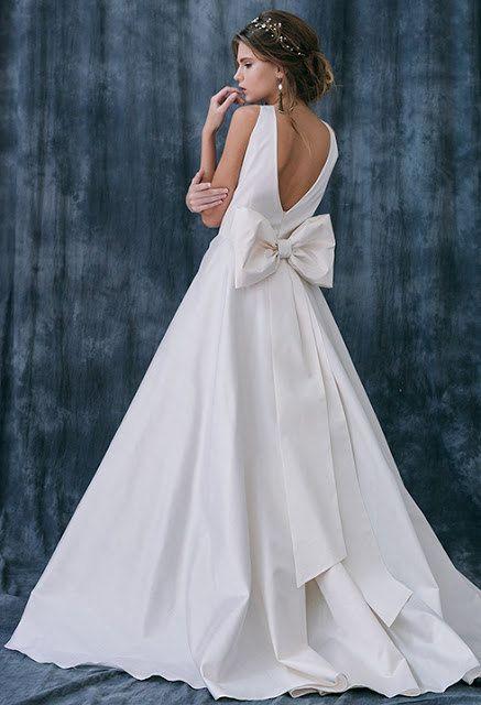 Irizi / Wedding dress low back wedding dress taffeta wedding dress quinceanera wedding dress Romantic wedding dress open back wedding dress