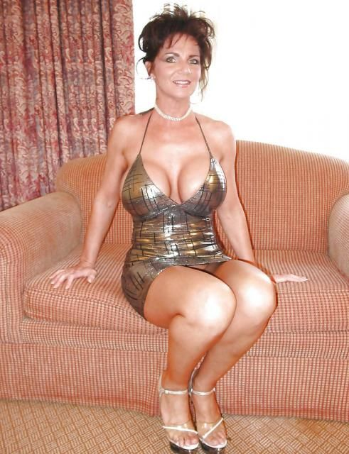 mature hot escort chambery
