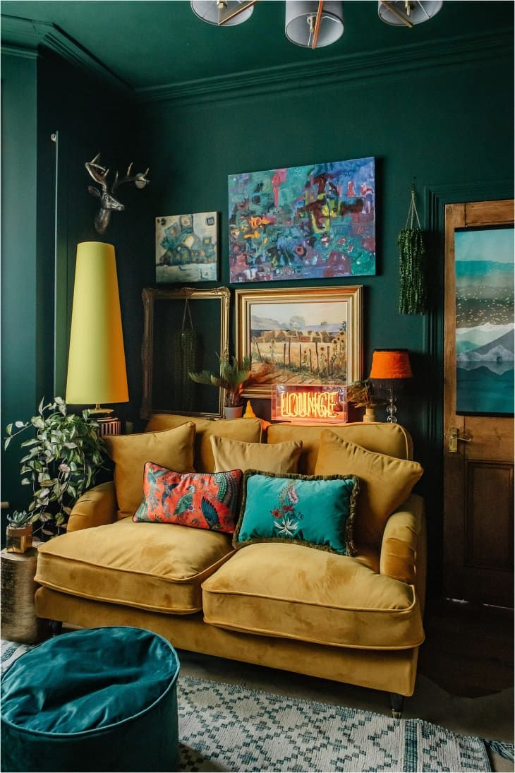 Every Room Of This London House Is An Explosion Of Envy Inducing Color And Pattern In 2020 London House Colorful Apartment Green Wall Color