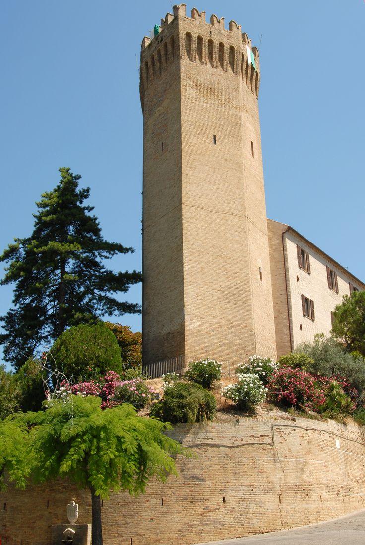 Torre eptagonale. #marcafermana #moresco #fermo #marche