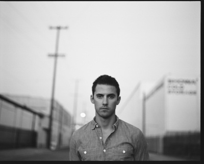 Milo Ventimiglia - more Pictures if you click on the Photo - love him with longer hair
