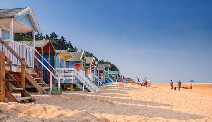 wells-beach-huts.jpg (748×431)