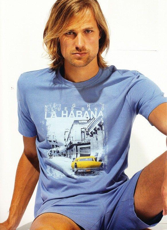 Pijama de verano Soy Underwear para hombre. Camiseta pijama de manga corta, en color azul claro y pantalón a juego. PVP: 30€. Envío en 24/48 horas. http://www.varelaintimo.com/marca/23/soy #pijamasHombre #menswear #mensunderwear #ropainterior
