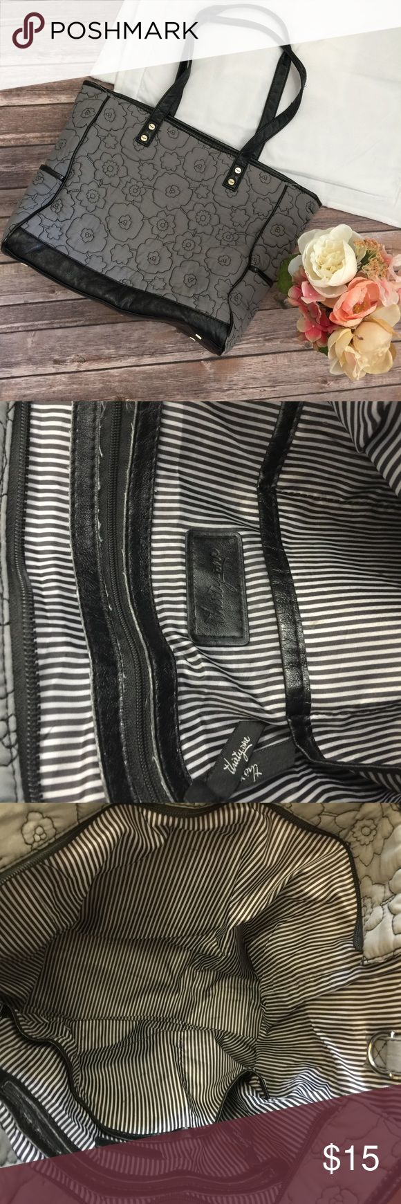"""Gray Thirty One Tote Bag Great bag! Does show signs of wear but all of the hardware is still great and it has a lot of life left! All imperfections are shown in images. Approximate dimensions- 13""""L x 18""""W Thirty One Bags Totes"""