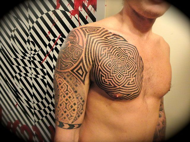 Best 25 tribal chest tattoos ideas on pinterest for Chest tattoo prices
