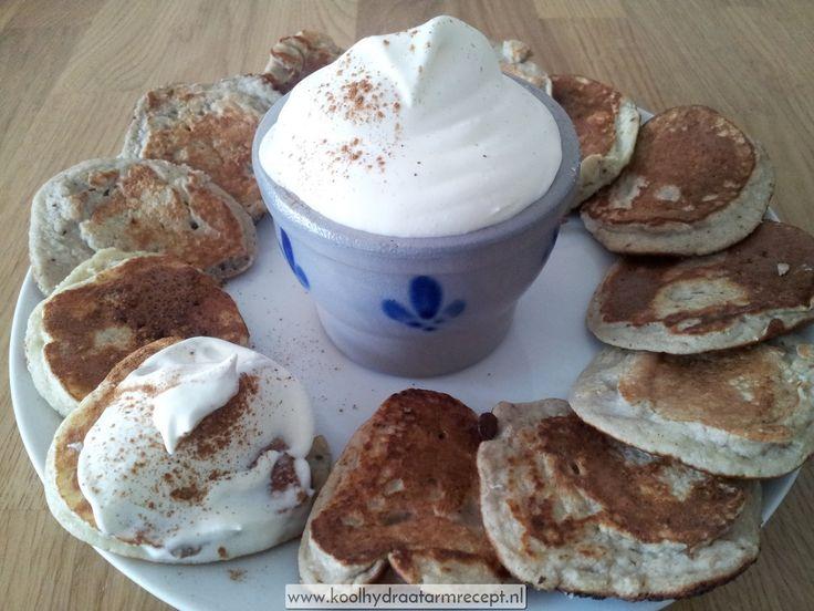 Neem deze overheerlijke speculaaspannenkoekjes eens als ontbijt voor de nodige afwisseling. Een lekker koolhydraatarm alternatief als begin van de dag.