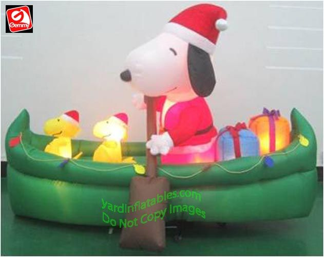 Gemmy Airblown Inflatable Mixed Media Snoopy w Presents