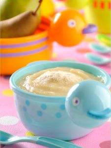 Papilla de pera y yogurt