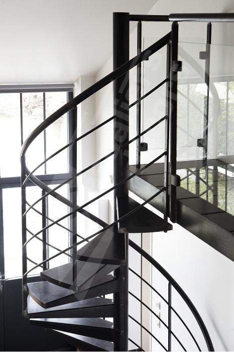 les 245 meilleures images du tableau l 39 art des passerelles coursives paliers planchers par. Black Bedroom Furniture Sets. Home Design Ideas