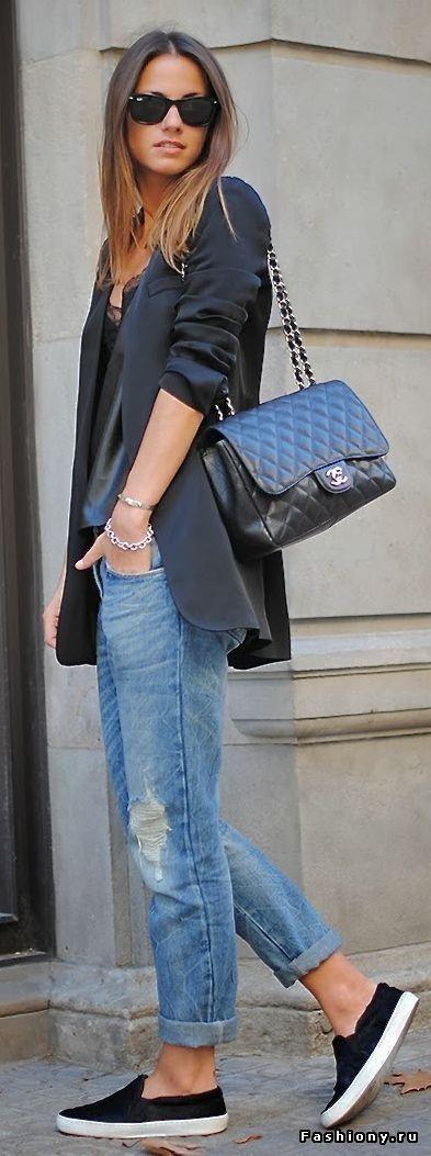 Джинсы-бойфренды с плоским ходом / женские джинсы бойфренды купить в москве