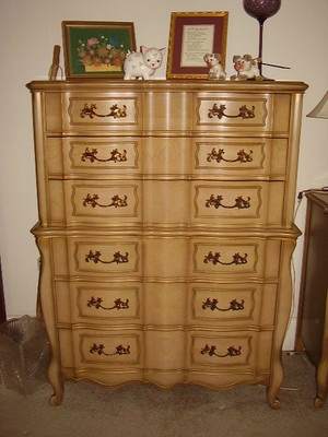 Hollywood Regeny French Provincial Bedroom Set Dresser