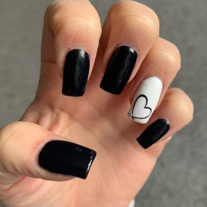 Updated 55 Classic Black And White Nails June 2020 In 2020 Black Acrylic Nails Black Nail Designs White Acrylic Nails