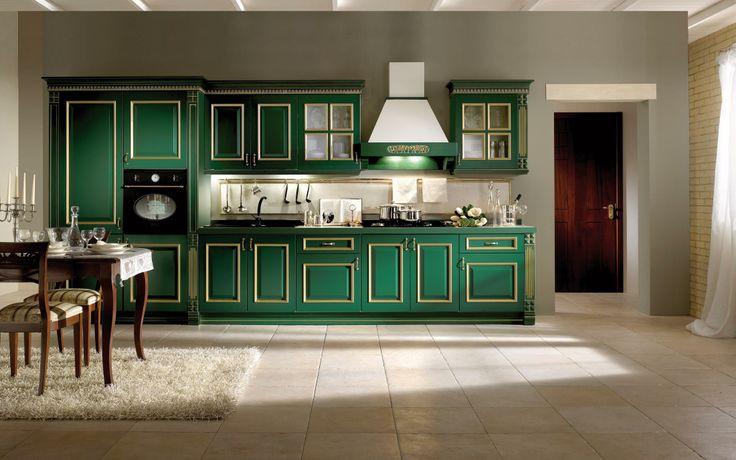 #StileClassico...ecco l'ultima versione della nostra #CucinaIsabella: verde con cornice oro! #VismapCucine #Vismap #CucineComponibili #PannelloEcologico
