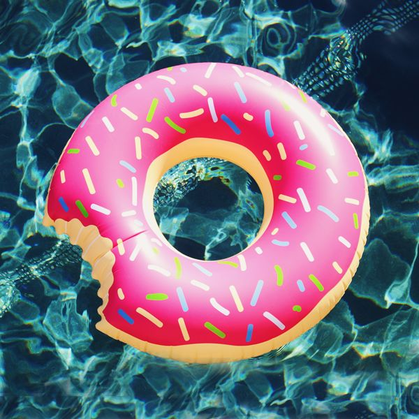 """Our gigantic Donut Floatie comes with delicious strawberry frosting and colorful sprinkles, try not to take a bite out of this float!  Features:   High quality extra thick fabric  Tasty strawberry frosting with sprinkles  Giant size  Dimension L: 47"""" (120cm)   W: 47"""" (120cm)   D: 7"""" (18cm)"""
